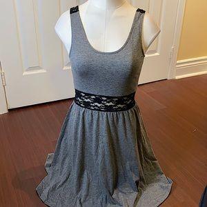LIKENEW Cute H&M skaterdress w lace sheer back!